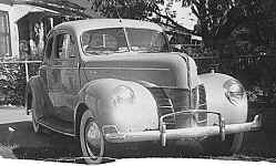 1940 Ford Coupe 2 Ft ws.jpg (51819 bytes)